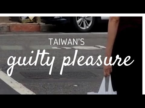 Taipei street interview: How many plastic bags do you use a day?