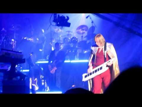 Rick Wakeman and Adam Wakeman on Keytar playing