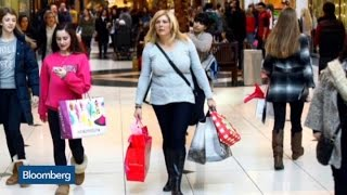 Mixed Signals: Retail Sales Rise as Traffic Falls