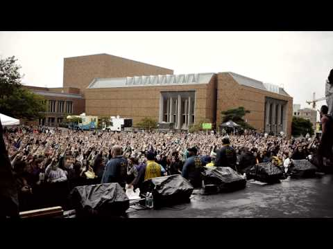 "Megalodon Coverage : : Macklemore Peforming New Song ""10,000"" Hours at UW"