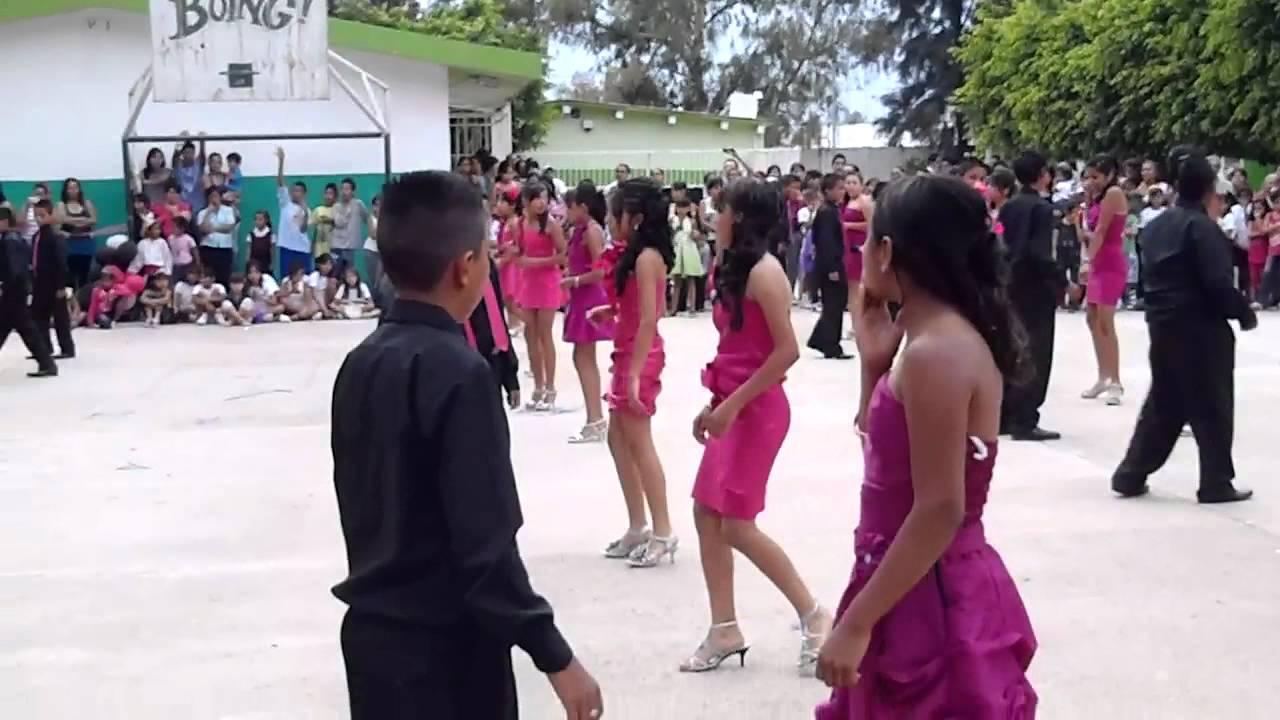 NIÑOS Y NIÑAS DE ESCUELA PRIMARIA -