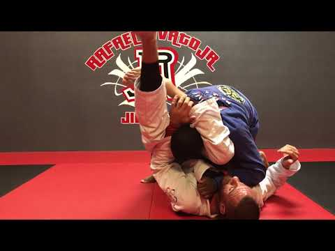 Rafael Lovato Jr. Teaches Triangle Choke Details | OKC | BJJ