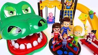 Giant crocodile, PJ Masks! Kick out dinosaur and villains in playmobil playground! - DuDuPopTOY