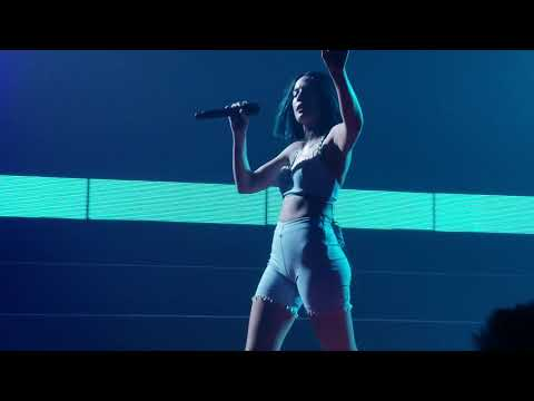 Halsey - 100 Letters