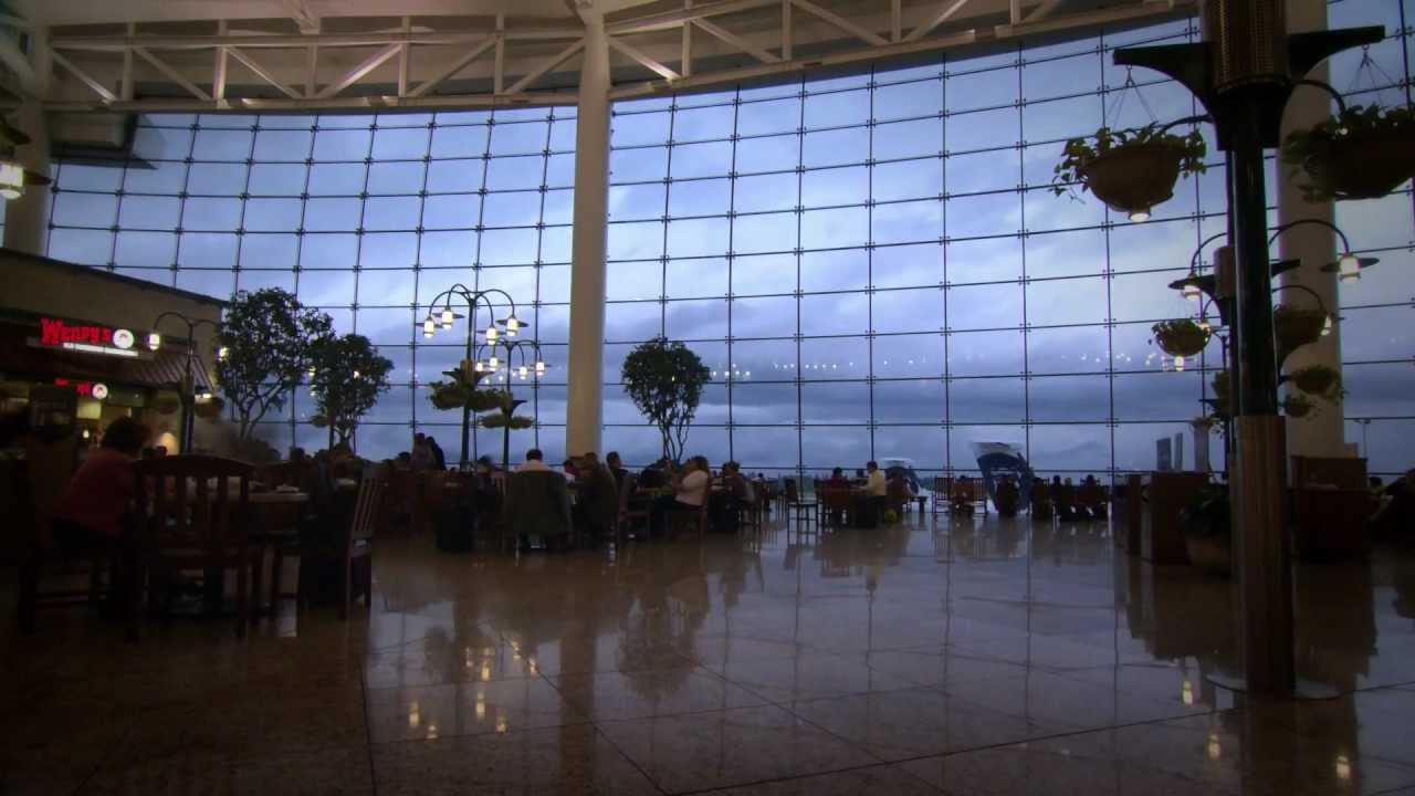Seattle-Tacoma International Airport: Experiencing Pacific Marketplace mov