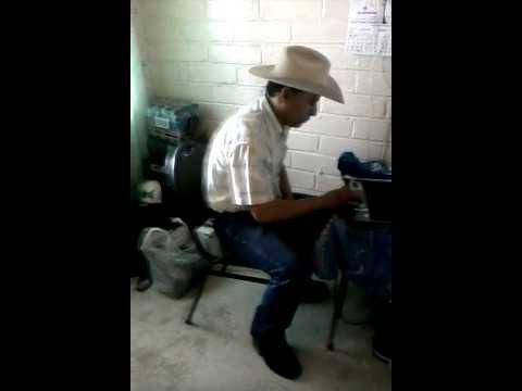 Tragos de amargo licor by-CHAPO MEZA (karaoke) -ramon ayala