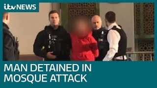 Worshippers tackle knifeman in London Central Mosque stabbing attack | ITV News