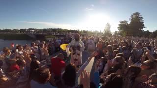 Шри Шри Рави Шанкар в Санкт-Петербурге 2015(Шри Шри Рави Шанкар (англ. Sri Sri Ravi Shankar, 13 мая 1956) — индийский гуру и общественный деятель, основатель междуна..., 2015-08-17T13:15:35.000Z)