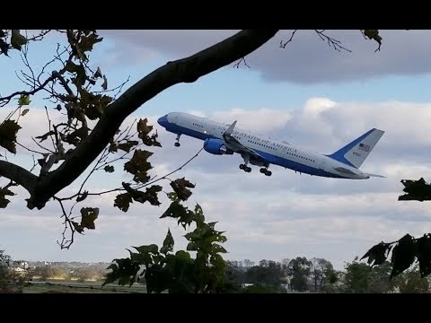 Air Force 2 & Vice-President At Lancaster PA (KLNS) Airport