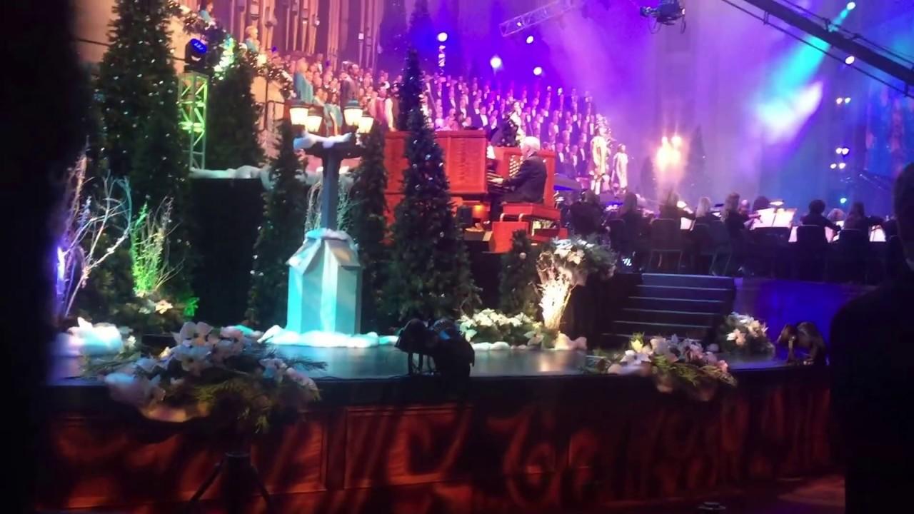 Lds Christmas Concert.Mormon Tabernacle Choir Christmas Concert 2015