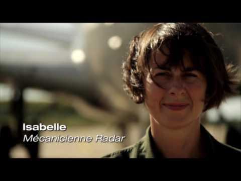 Isabelle, technicienne radio-radar (CNS) sur Awacs