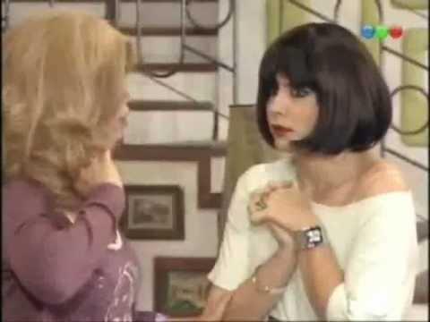 Moni y Maria Elena - El Meneaito   FunnyDog TV