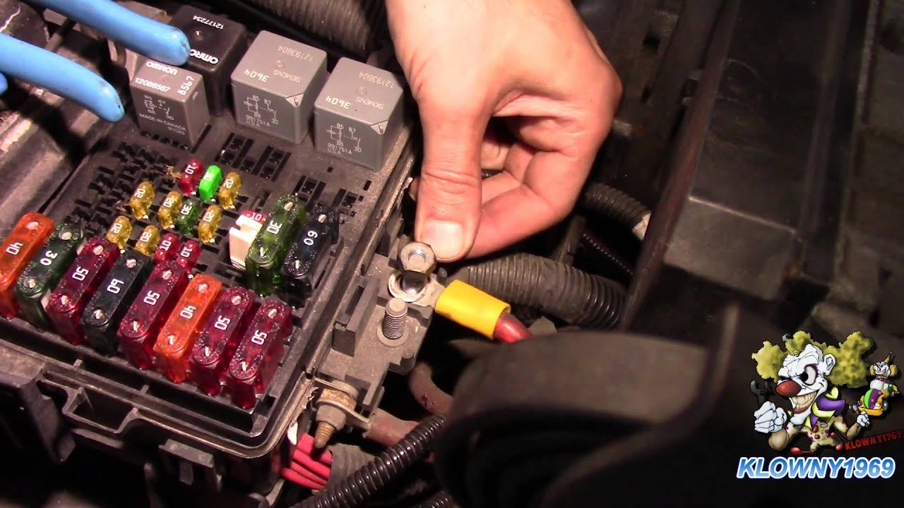 How To Wire A Fuse Block Easy Youtube Firebird Rear Compartment Box