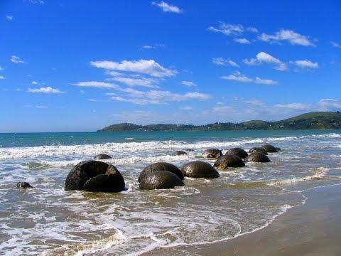Visit Moeraki Boulders Video | The Attractions Moeraki Boulders New Zealand Review