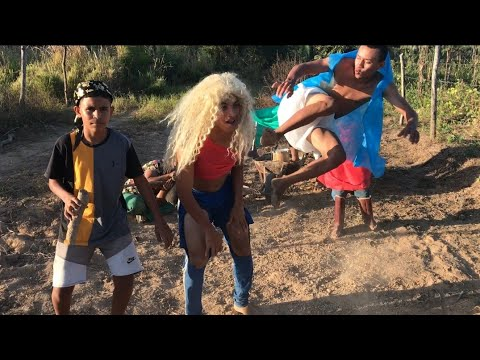 FUNDO DE QUINTAL OFC - TOMA (part. MC Zaac) - Luísa Sonza  (Vídeo Oficial)