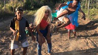 Baixar FUNDO DE QUINTAL OFC - TOMA (part. MC Zaac) - Luísa Sonza  (Vídeo Oficial)