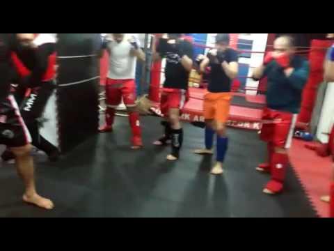 Göktürk arena spor kulübü kick boks grup amtremani