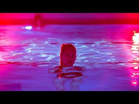 """Mocki - """"Weekend"""" (Official Video)"""