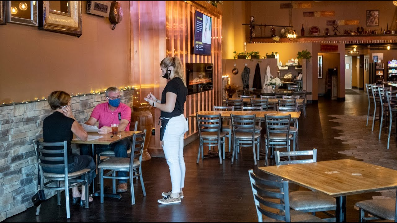 Indoor dining is back in Southwestern IL