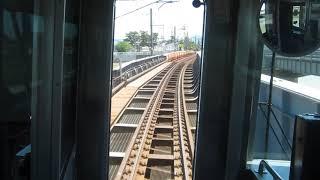 JR東日本E129系「信越本線」普通ワンマン運転の長岡行きがETR直江津駅を発車(車内より)