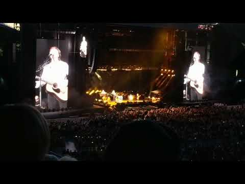 ♪♫ We Can Work It Out - Sir Paul McCartney - LIVE Melbourne 6th Dec 2017