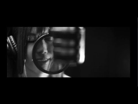 千花(CHIKA) - monochrome(with you) feat.Yasuha. MV