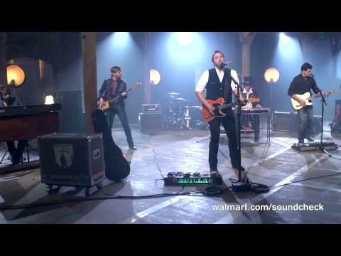 Randy Houser Performs Songs From New Al How Country Feels On Walmart Soundcheck