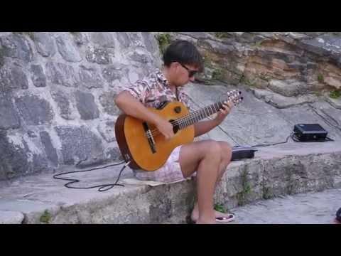 Sting fragile (street musician)