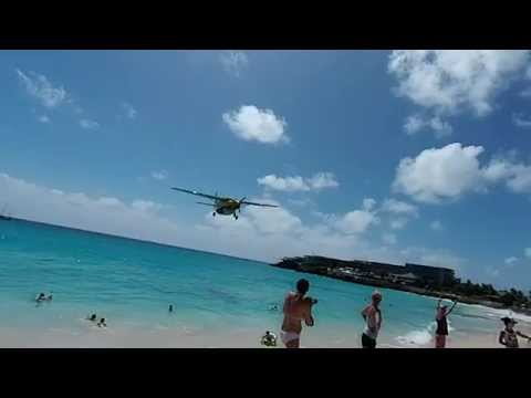 St. Martin Super Low Landing FedEx vs DHL Crazy Pilots SXM