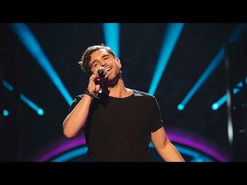 Joakim Jakobsson sjunger Slå mig hårt i ansiktet i Idols kvalvecka - Idol Sverige (TV4)