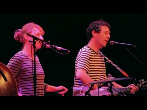 Life Backstage - YO LA TENGO - Intimately Yours