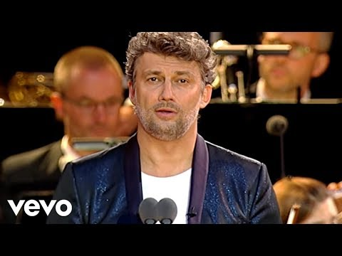 Jonas Kaufmann - Ti voglio tanto bene - Live from Berlin's Waldbühne
