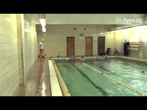 Вернувшись со спортивных сборов в Болгарии, пловцы...