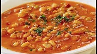 Суп из фасоли в томатном соусе.