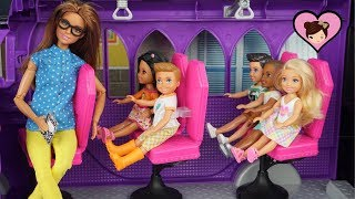 Barbie Chelsea School Bus Field Trip to Candy Factory!