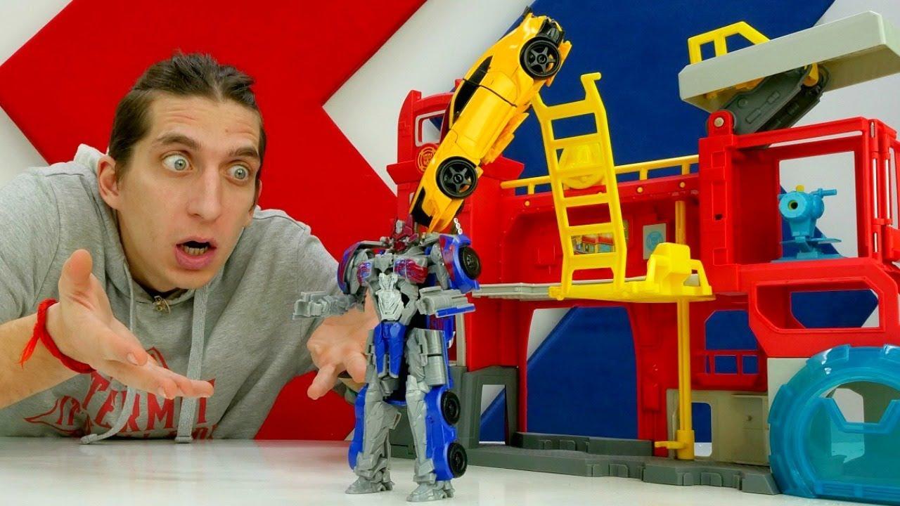 Роботы Трансформеры: Оптимус - Десептикон?!  Автоботы защищают базу!