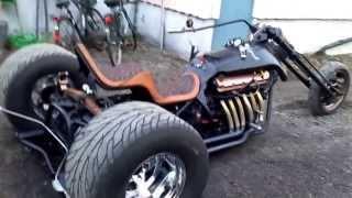 Repeat youtube video Trike V12