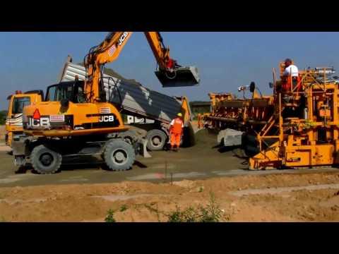 Escavatori - Grande costruzione - Espansione di Lodz, Polonia