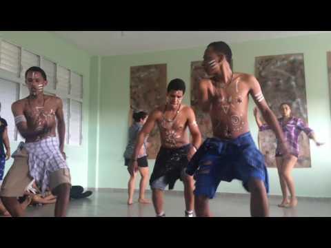 Sitya Loss (Dance Video) (Dia de la Raza) #LiceoLosRieles
