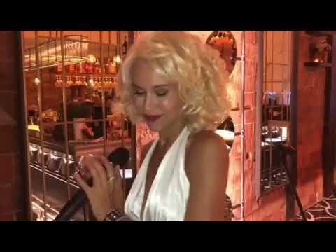 Marilyn Monroe show en Barcelona - Vivo Tapas Restaurante