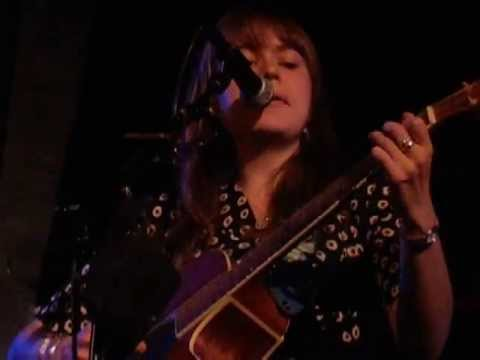 Alessi's Ark - The Good Song + Woman (Live @ Union Chapel, London, 08/10/13) mp3