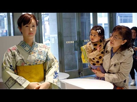 """Android Robot """"Aiko Chihira"""" takes over as Receptionist of Tokyo Store"""