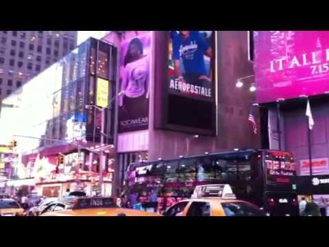 Times Square karaoke bus