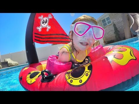 pirate-ship-pool-party!!-the-family-plays-with-inflatable-toys-and-adley-is-a-mermaid!