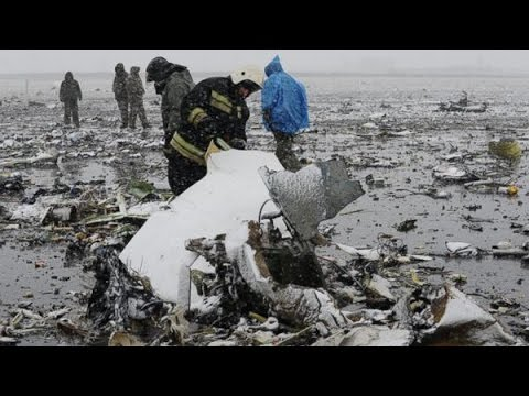 No Survivors After Flydubai Plane Crashes In Russia : Warning distressing footage