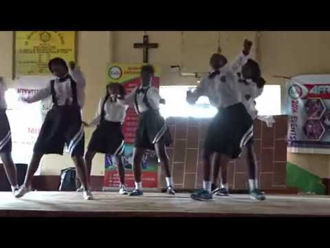 JIGIJIGI dance at st francis girls high school MANGU .#AFRIKWEAR