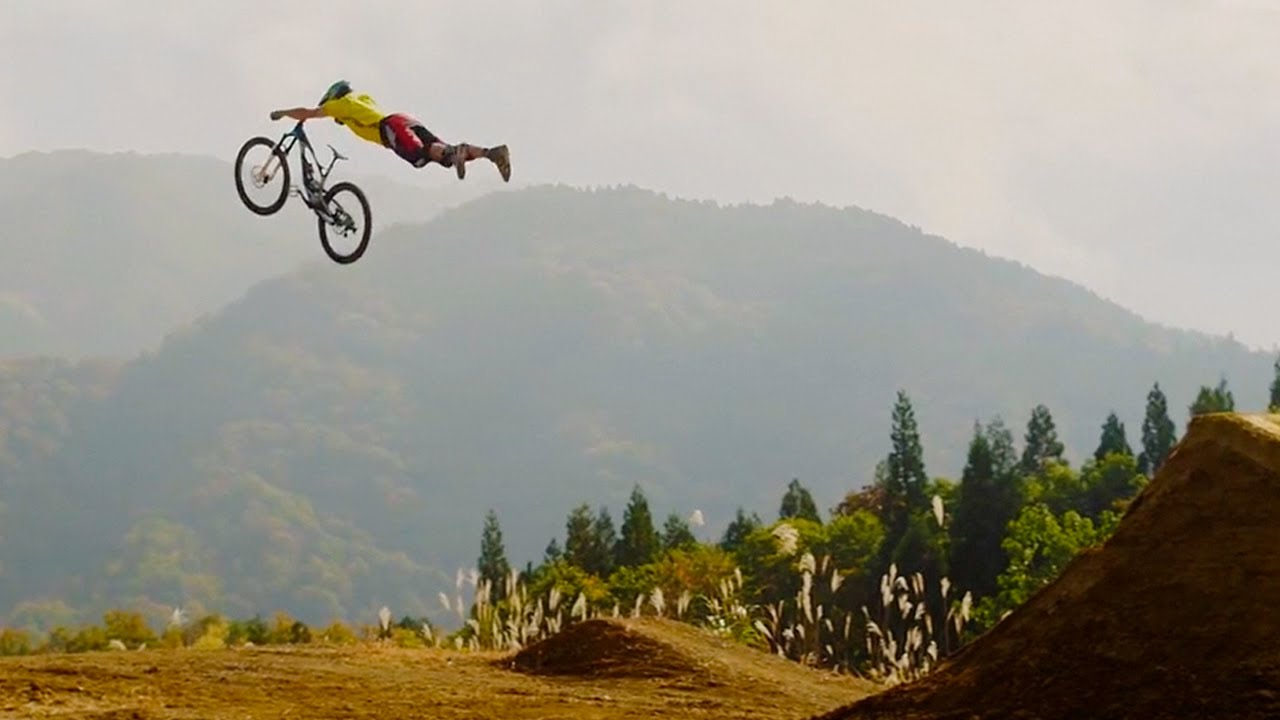 MTB | Seasons Of Shred 1 - Going Big in Japan - Andrew Taylor and Niki ...