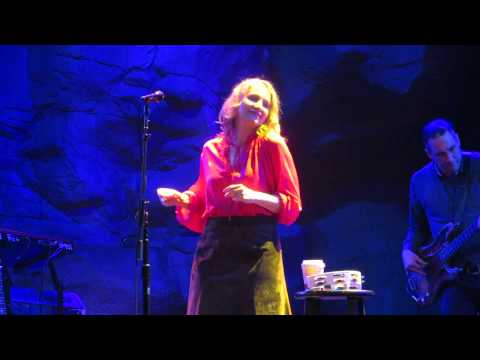 Joan Osborne What if God Was One of Us, wolf den 3-20-15