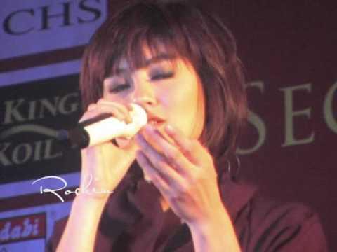 Agnes Monica : Teruskanlah (29/04/2010 - MECC, KL)