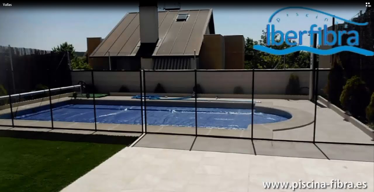 Vallas de protecci n para piscinas y jardines youtube for Piscinas de jardin